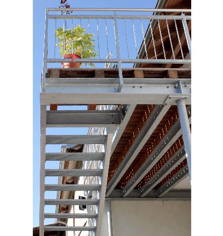 f rniss metallbau balkone und gel nder aus stahl edelstahl aluminium sonderanfertigung. Black Bedroom Furniture Sets. Home Design Ideas